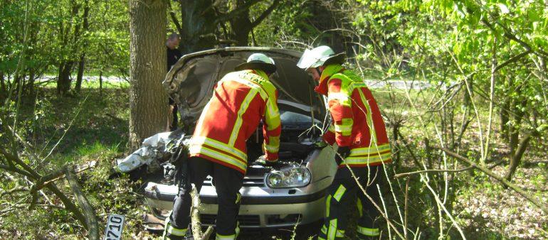 Glück im Unglück bei Verkehrsunfall auf der A 7 : Fahrer bleibt unverletzt nach Verkehrsunfall in Ausfahrt