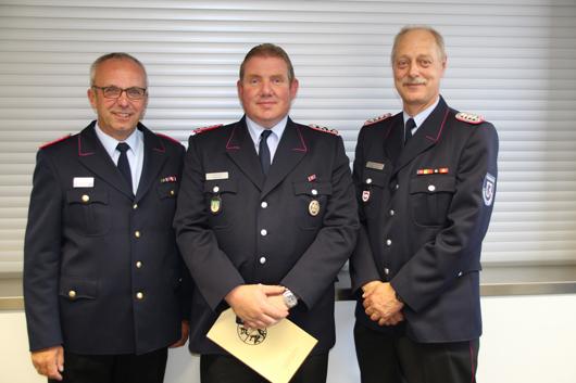 Ehrung für Nils Prahl aus Drage – Auszeichnung mit Ehrennadel in Silber des Kreisfeuerwehrverbands