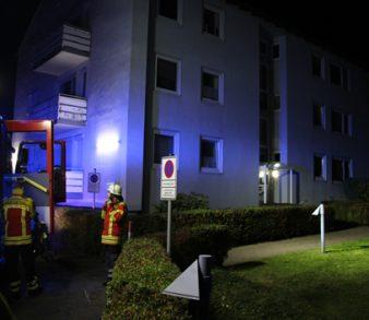 21.09.17 : Feuerwehr Seevetal rettet Frau aus verqualmter Wohnung – Großeinsatz von Feuerwehren und Rettungsdienst in Meckelfeld