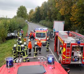 11.10.17 : Schwerer Verkehrsunfall auf der B 404 fordert 1 Schwerverletzten