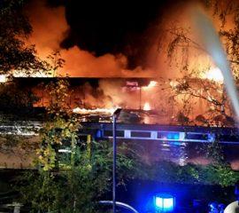 12.10.17 : Sporthalle der Schule am Illmer Barg durch Feuer vernichtet