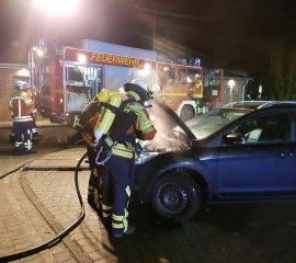 13.02.18 : Qualmender PKW führt zu vergleichsweise langwierigem Einsatz in Fleestedt