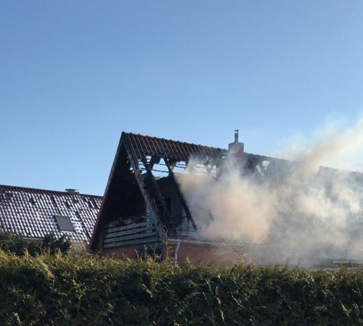 02.03.18 : Schwieriger Dachstuhbrand in Bütlingen