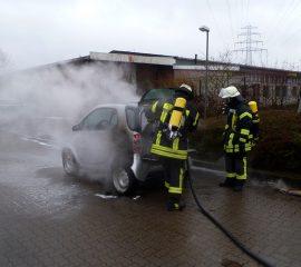 08.03.18 : PKW brannte auf Parkplatz an der Osttangente