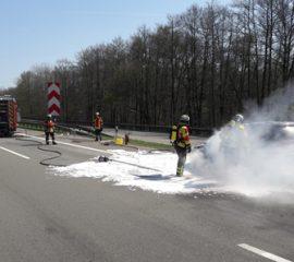 19.04.18 : Brennt PKW auf der A1