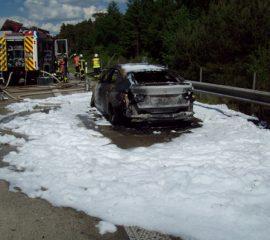 26.05.18 : Fahrzeugbrand auf der BAB 7 führt zu einem Großeinsatz der Feuerwehr