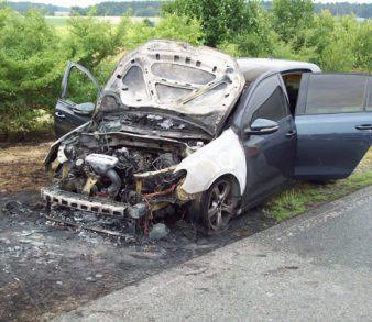 11.06.18 : Erneut brennt ein PKW an der BAB 7 – Die Serie der Fahrzeugbrände auf der A7 reißt nicht ab