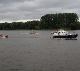 24.06.18 : Hoopter Wehr leistete Havaristen auf der Elbe Hilfe
