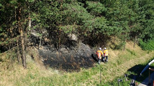 02.07.18 : Böschungsbrand auf der BAB 7 fordert Einsatz der Feuerwehr