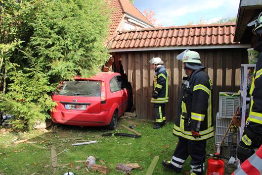 28.09.18 : Zwei teils schwere Verkehrsunfälle fordern Verletzte – Feuerwehren und Rettungsdienst im Einsatz