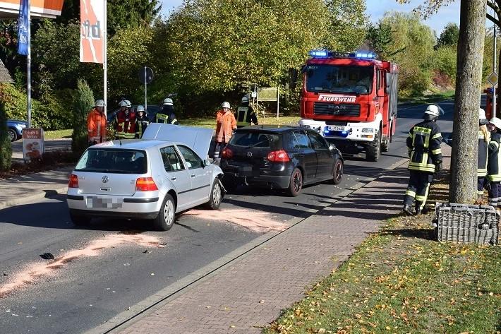 19.10.18 : Zwei Leichtverletzte bei Verkehrsunfall in Asendorf