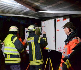 10.12.2018: Großaufgebot an Rettungskräften sucht nach vermisster Person in Vierhöfen