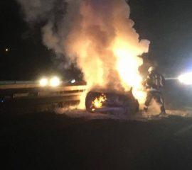 17.12.17 : Brannte Pkw nach Verkehrsunfall auf der A1