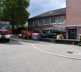 21.06.18 : Gemeldeter Kabelbrand in Hanstedter Kaufhaus löst Feuerwehreinsatz aus