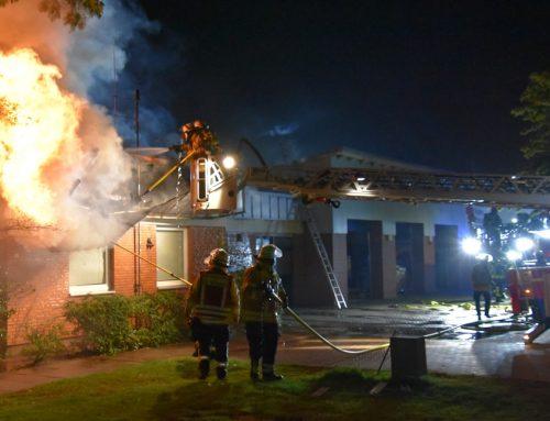 Großfeuer an der Rettungswache in Winsen